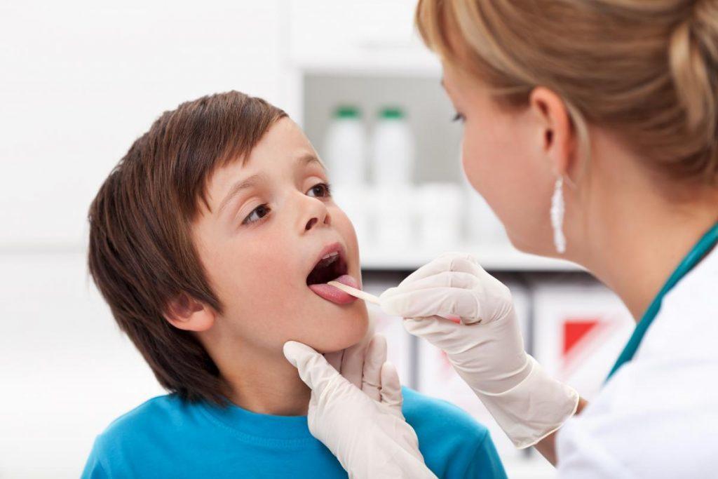 Особенности афтозного стоматита у ребенка