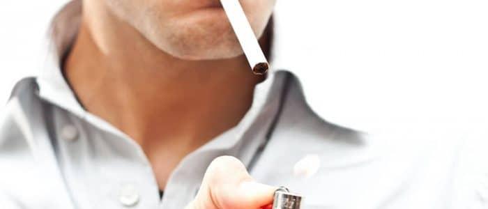 Курение причина стоматита
